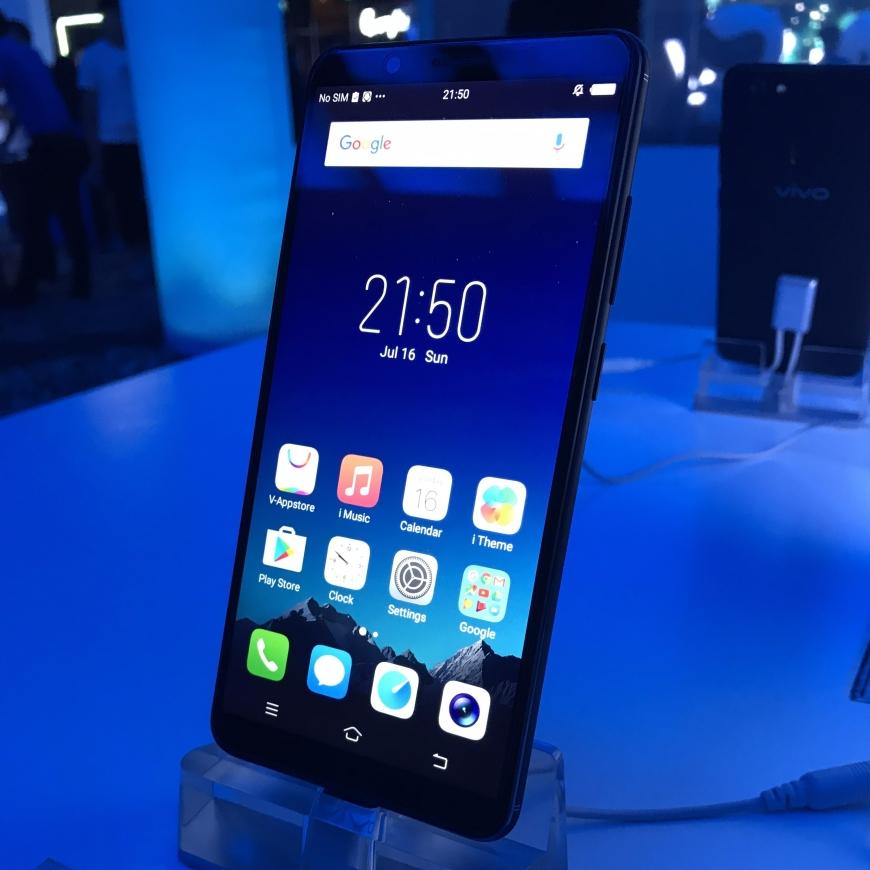 Vivo V7+ Smartphone